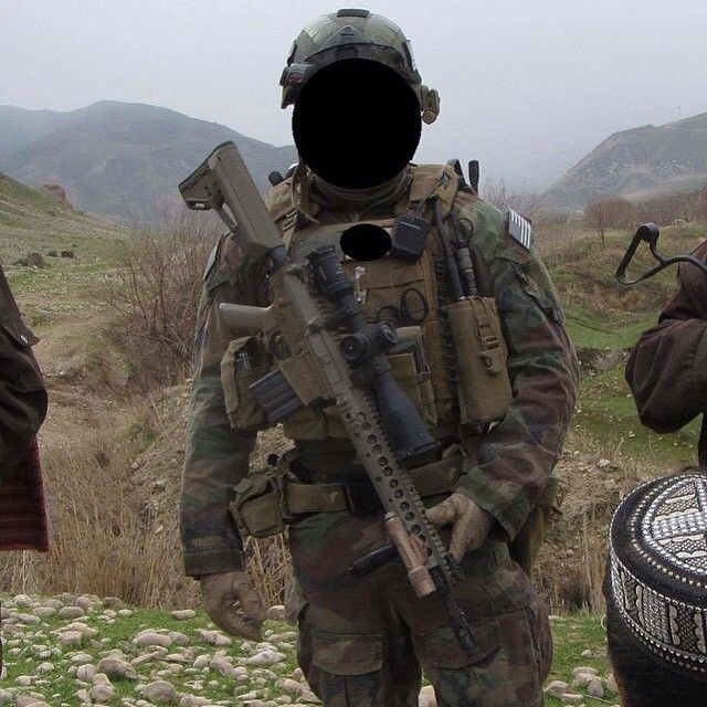 578a72f403cea4854de4ec1c67a5e640--marine-raiders-special-forces (1).jpg